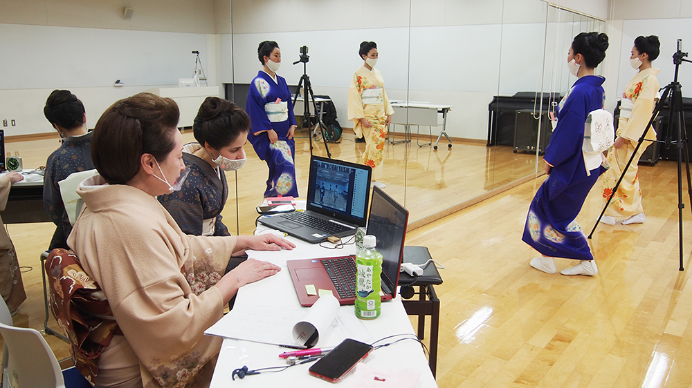 記事 オンライン日本舞踊教室 神戸学院大学ポートアイランドキャンパス(中央区港島)のアイキャッチ画像